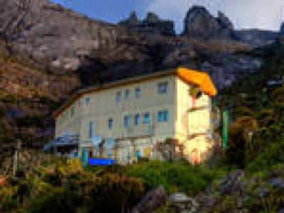 3-Day Mount Kinabalu Summit Hiking and Poring Hot Spring Stay