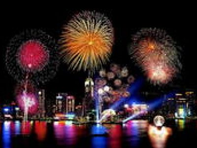 National Day Victoria Harbour Fireworks Tour with Dinner