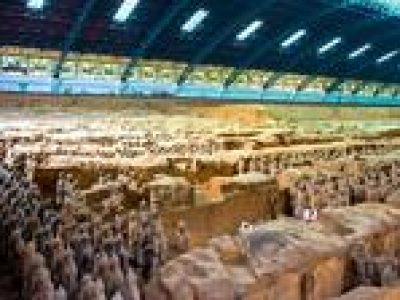 Private Day Tour of Culture and Gourmet in Xi'an Including Terracotta Army