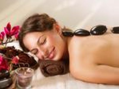 Private Half-Day Warm Stone Treatment and Walking Tour in Central Ho Chi Minh City