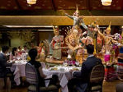 Private Thai Dinner and Dance at Sala Rim Naam Restaurant in Bangkok